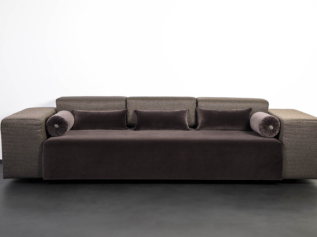 SIT IN 3 seated divan